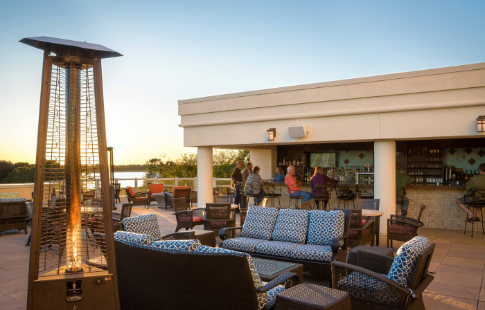 12 amazing rooftop restaurants in south carolina for Rooftop bar and terrace