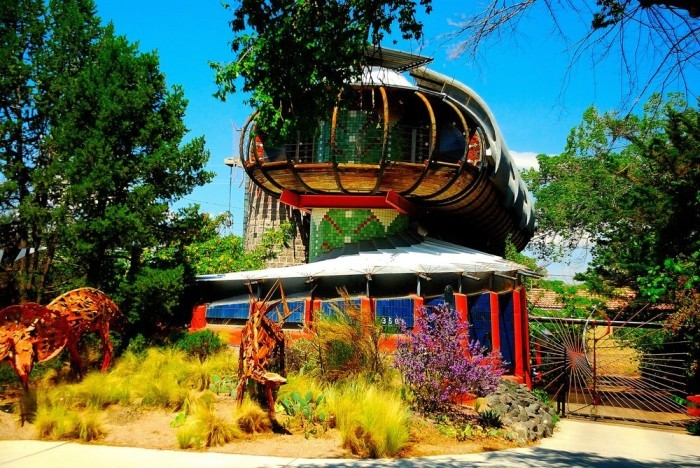 Weirdest And Most Bizarre Houses In America