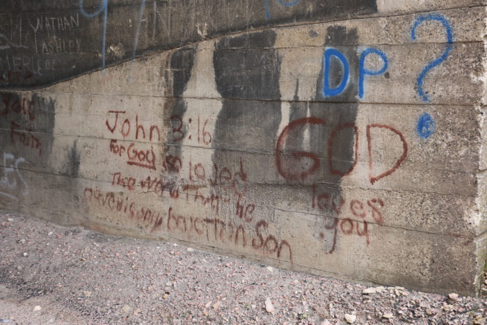 Graffiti at the north entrance to Belmont Tunnel.