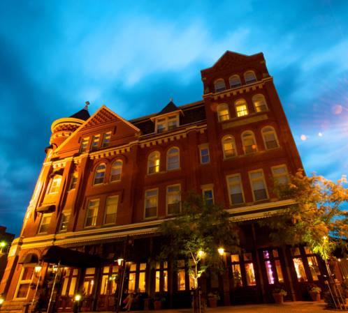 1. Blennerhassett hotel, Parkersburg