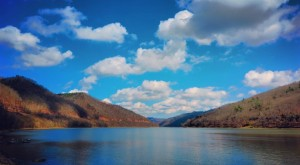 10 Gorgeous Lakes In West Virginia That You Must Check Out This Summer
