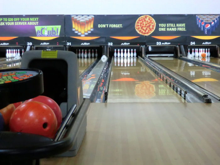 2. Bowling