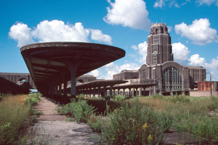 3. Take a tour of the old Buffalo Central Terminal to capture some eerie shots!