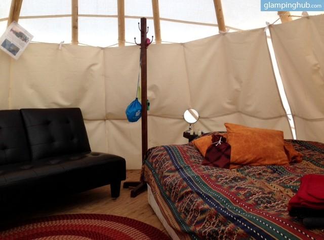 camping tipi