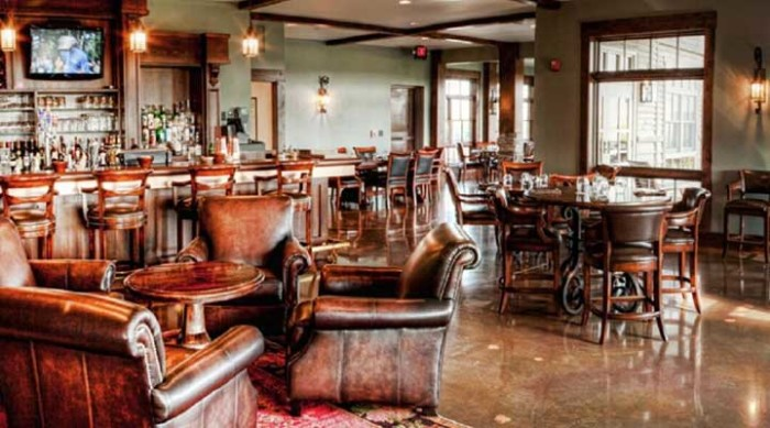 Head to the Prairie Club for lunch in the Caprock Room.