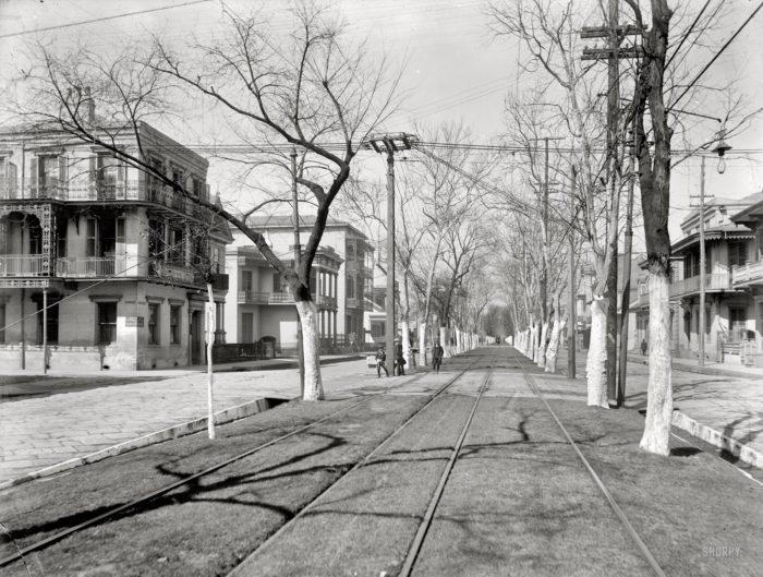6) Esplanade Ave, 1900
