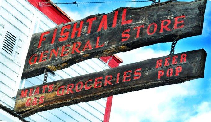 1. Fishtail General Store, Fishtail