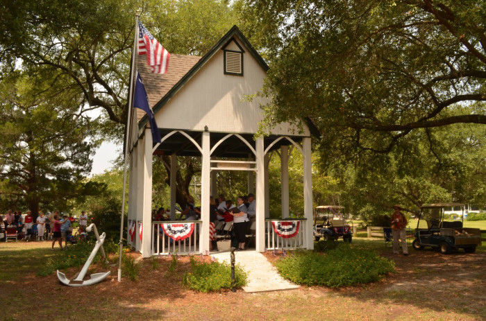fourth-of-july-picnic-mcclellanville