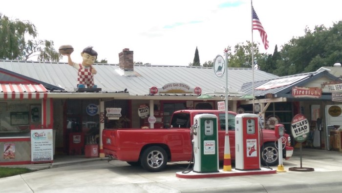 10. Reiff's Antique Gas Station Museum - Woodland