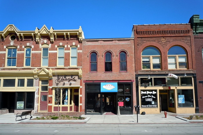 8. 100 Block of West Broadway Historic District, Council Bluffs
