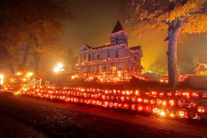 5. Kenova Pumpkin House