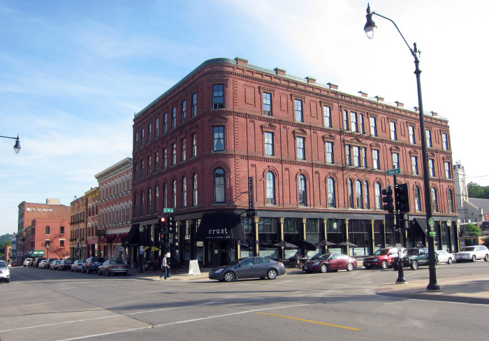 9. Old Main Historic District, Dubuque