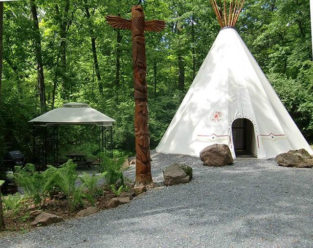 3. Lake In Wood Resort: The Tipi (Narvon)