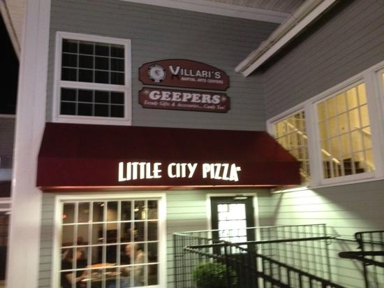 10. Little City Pizza (Simsbury)