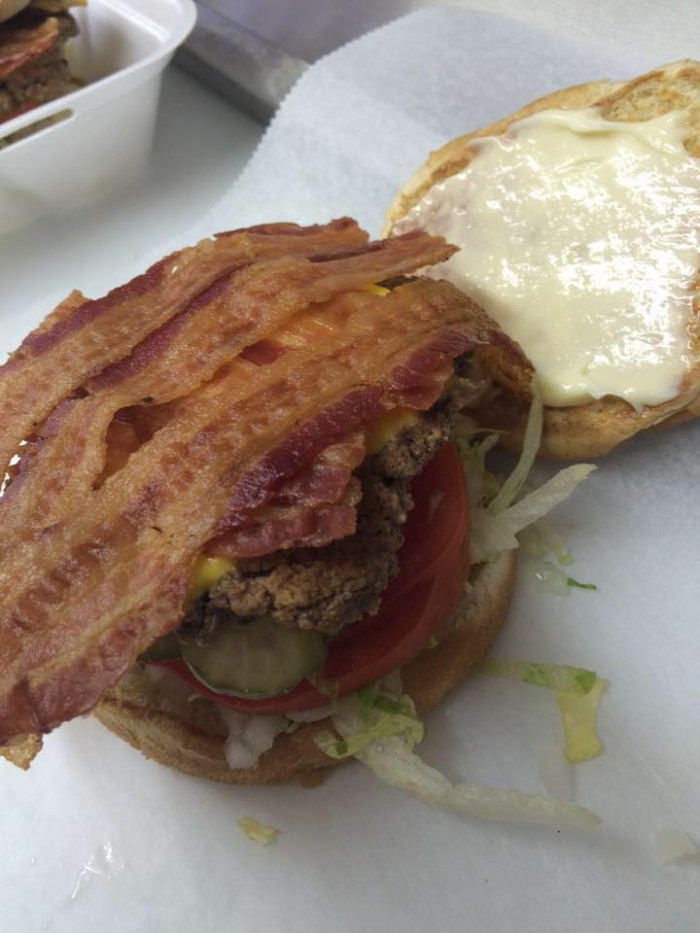 mccutcheons-cheeseburger-food