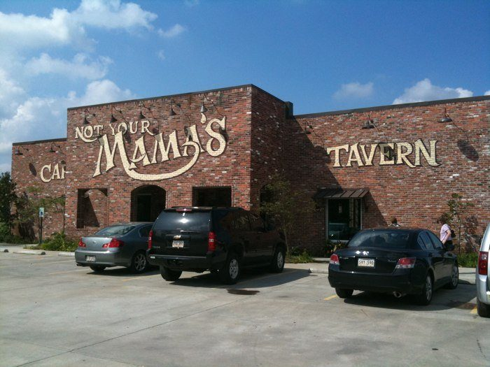6. Not Your Momma's Café & Tavern, Livonia