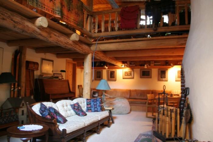 5. Teton Treehouse (Jackson Hole Hideout)