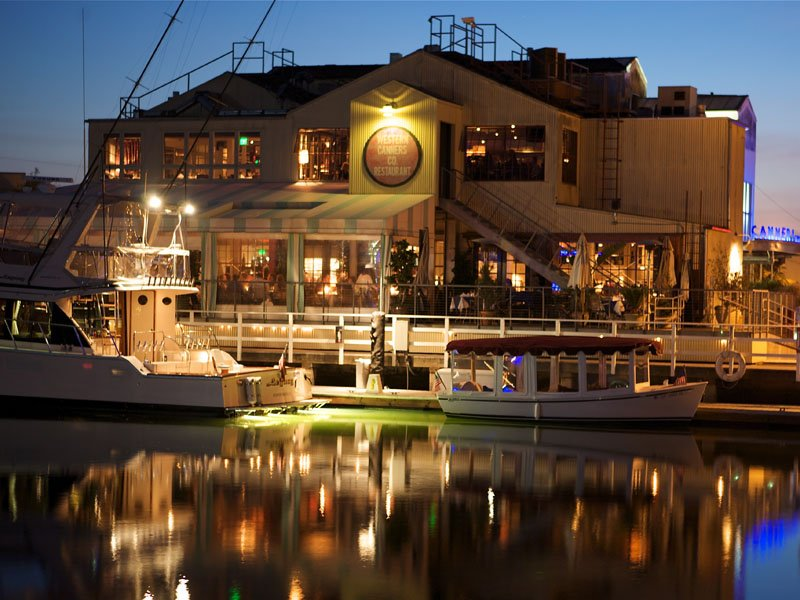 10 of the best waterfront restaurants in southern california for Dining in newport tn
