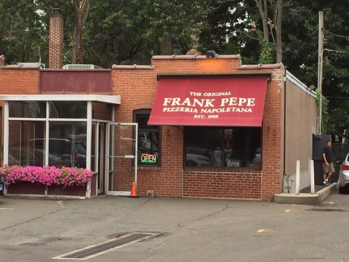 2. The Original  Frank Pepe Pizzeria Napoletana (New Haven)