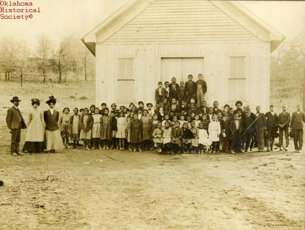 3. This photograph depicts Halochee Institute in the town of Taft - an all-black town - which was founded in 1906 and was the first of several educational institutions to open in this town. The town was originally called Twine.