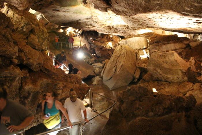 6. Alabaster Caverns State Park