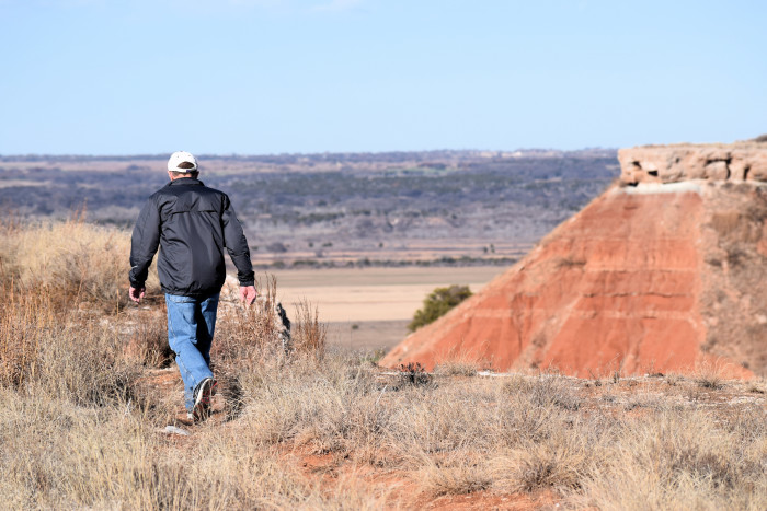5. The Trail at Gloss Mountains, Fairview