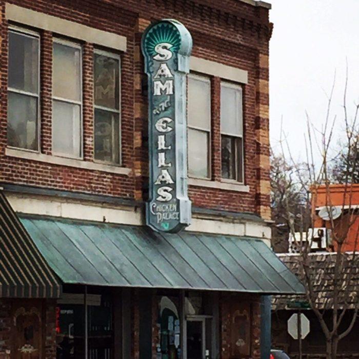6. Sam & Ella's Chicken Palace, Tahlequah