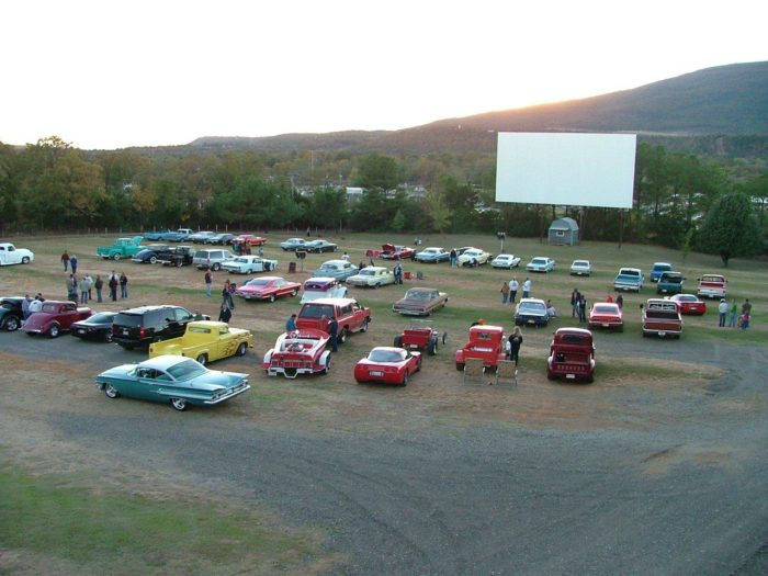 9. Tower Drive-In Theatre, Poteau