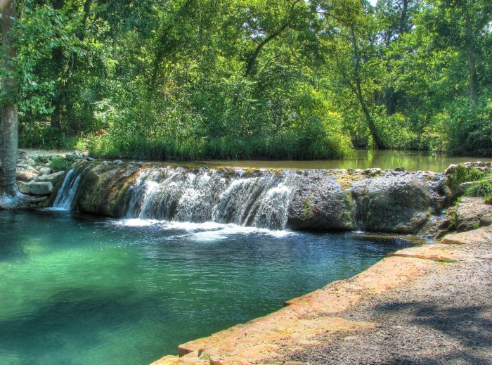 5. Chickasaw National Recreation Area, Sulphur