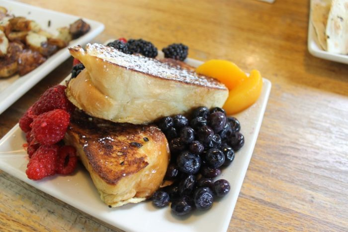 17 Of The Best Places To Get Brunch In Washington