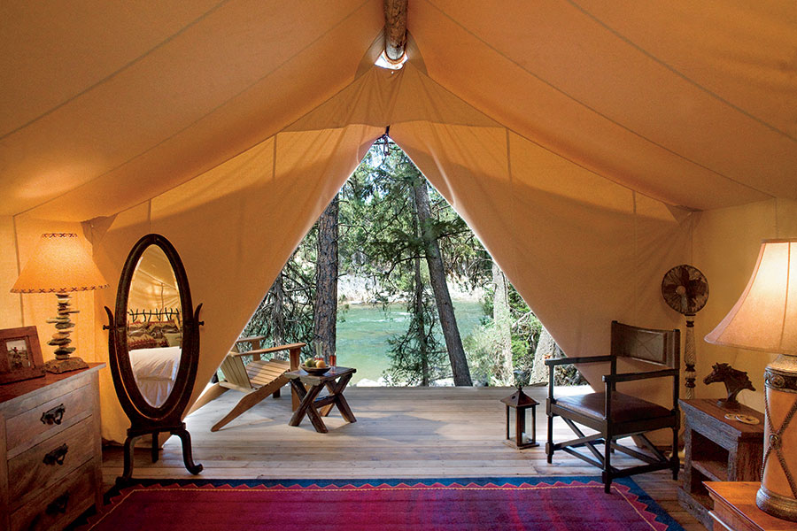 Camping Beds For Tents >> 6 Amazing Luxury 'Glampgrounds' in Montana
