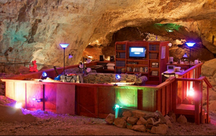 8. The Cavern Suite at Grand Canyon Caverns Inn, Arizona