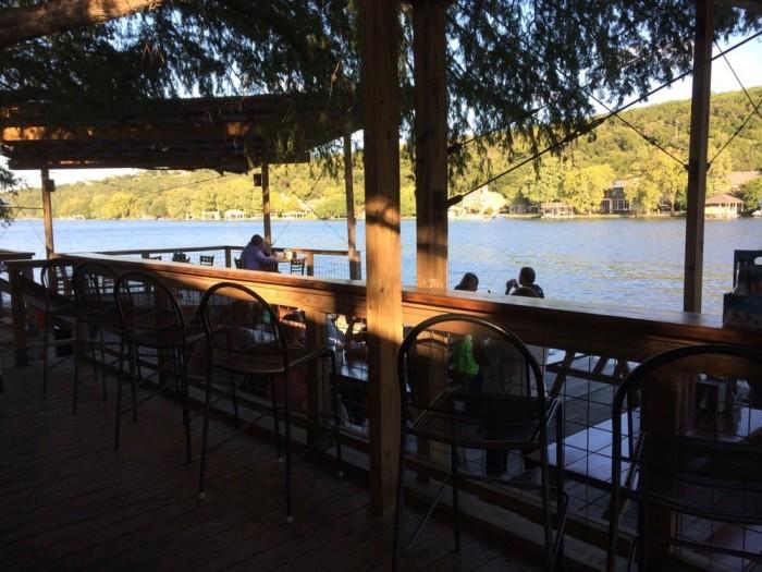 7. Ski Shores Cafe (Austin)