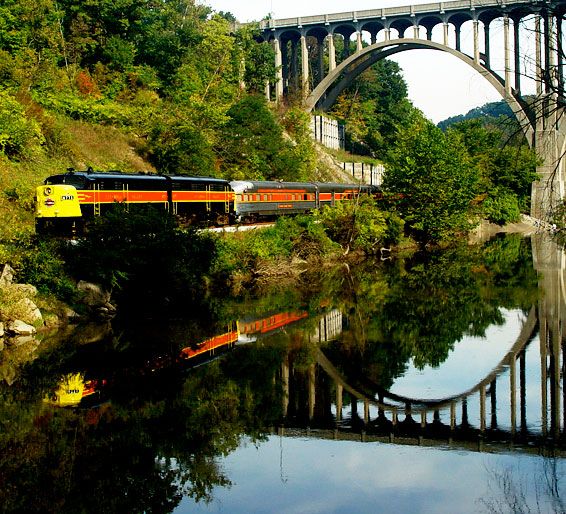 5. Tour the state via a dinner train.