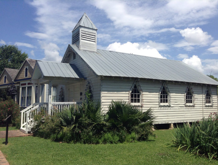 To explore Opelousas, you should begin with the Le Vieux Village de Poste des Opelousas, a collection of historic houses and commercial buildings that give you a sense of early life in the town.