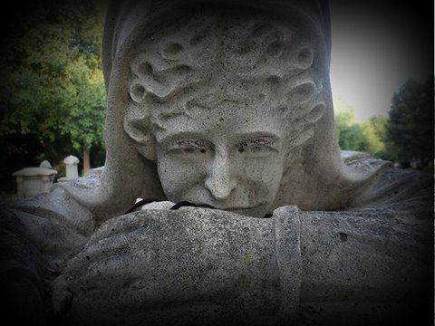 2. Weeping Woman