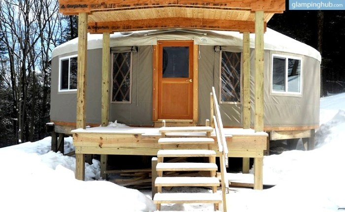 5. Luxuriously Comfortable Yurts, Frostburg