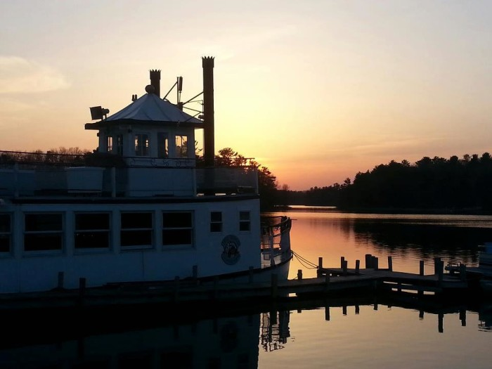 4. ClearWater Harbor Waterfront Restaurant and Bar