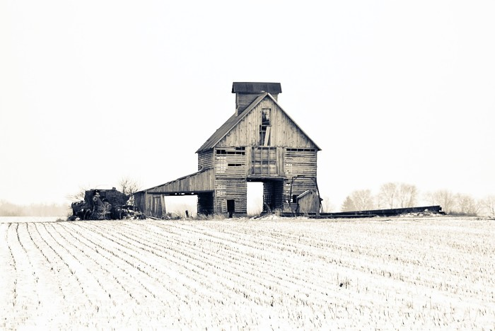 7. Driving by old scenes like this, your imagination is captured by what it once was.