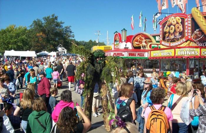 4. Warrens Cranberry Festival