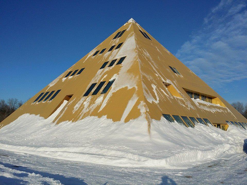 The Golden Egyptian Pyramid Home In Wadsworth, Illinois Golden City Missouri
