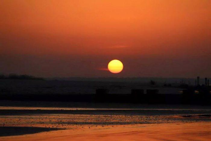 10. Waveland Beach