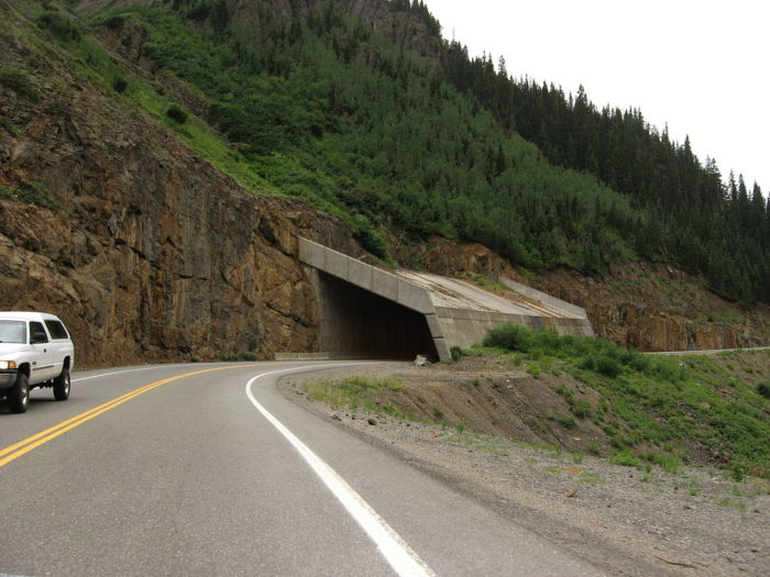 1024px-Avalanche_chute_overpass,_US-550