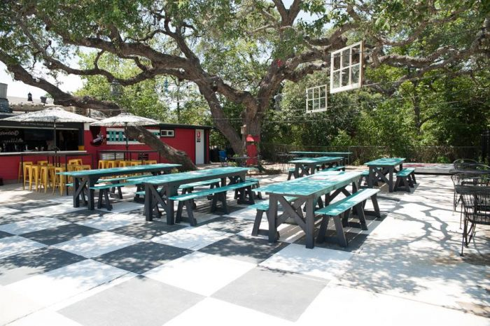 5. Wait for it....The Scarlet Rabbit is themed after Alice in Wonderland! Hurry, don't be late for tea at one of these sweet outdoor seats!