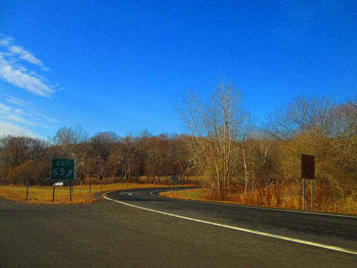 5. Unlike the congested roads of cities and larger states, Connecticut roads are quiet and full of foliage.