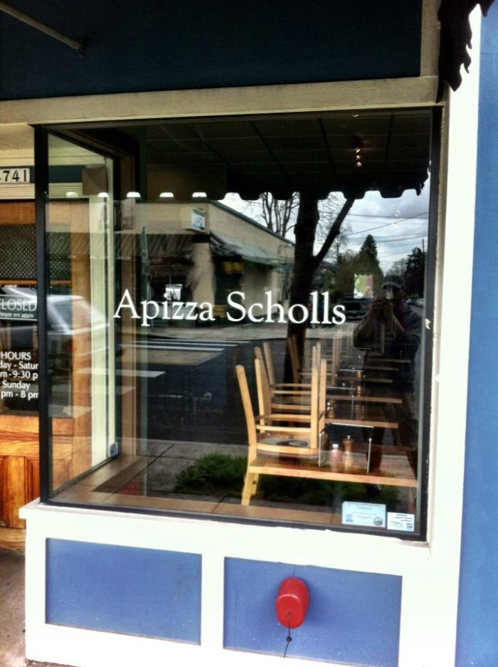 1. Apizza Scholls, Portland