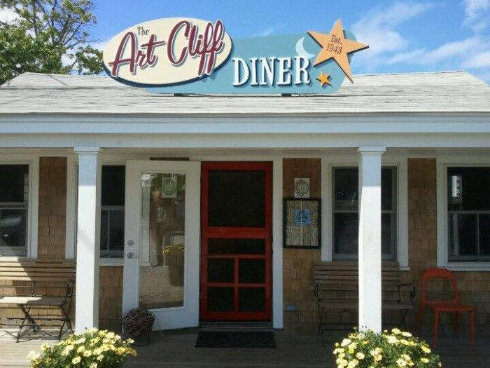 1. Art Cliff Diner, Vineyard Haven