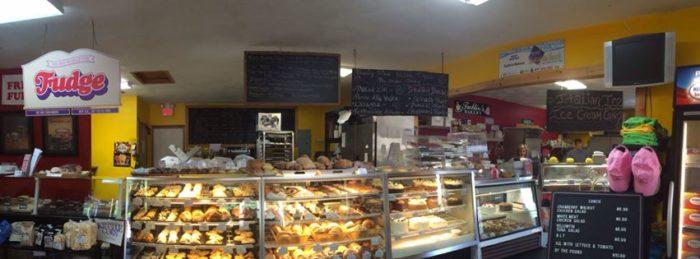 10. Tullio's Bakery, Duck