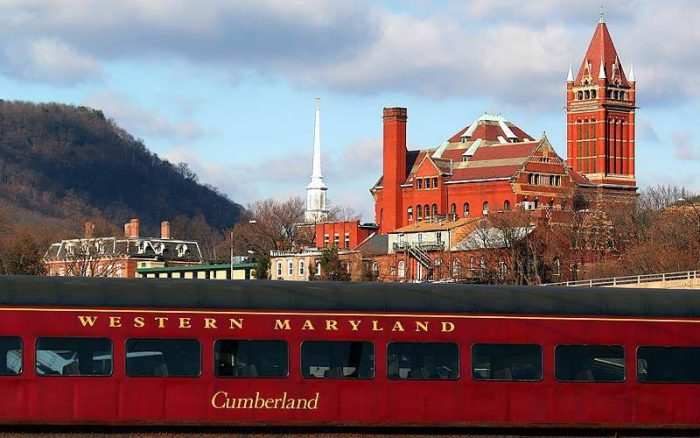 This 2 1/2 hour journey begins in the charming town of Cumberland, where you'll board a diesel locomotive.