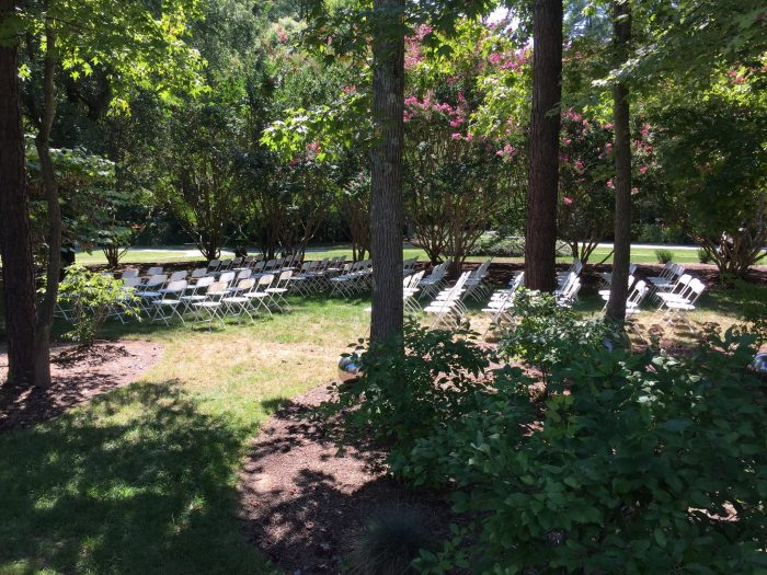"""This place also features classes, programs, and is available for event rentals. Can you imagine saying """"I do"""" at a location as unique as this?"""